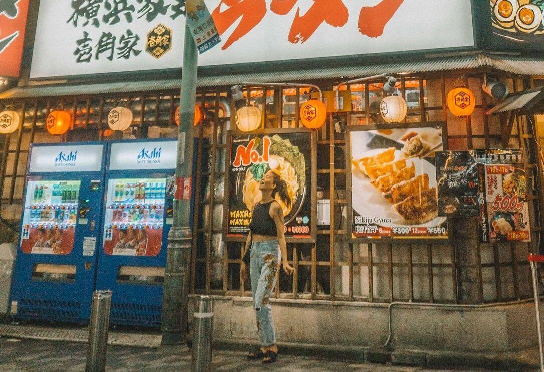在日本的美食之旅。怀石料理、神户牛肉、寿司制作和所有你能想到的好东西