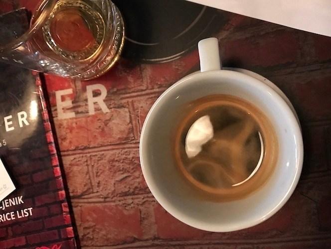 萨格勒布咖啡和萨格勒巴奇卡Špica | 追赶驴子