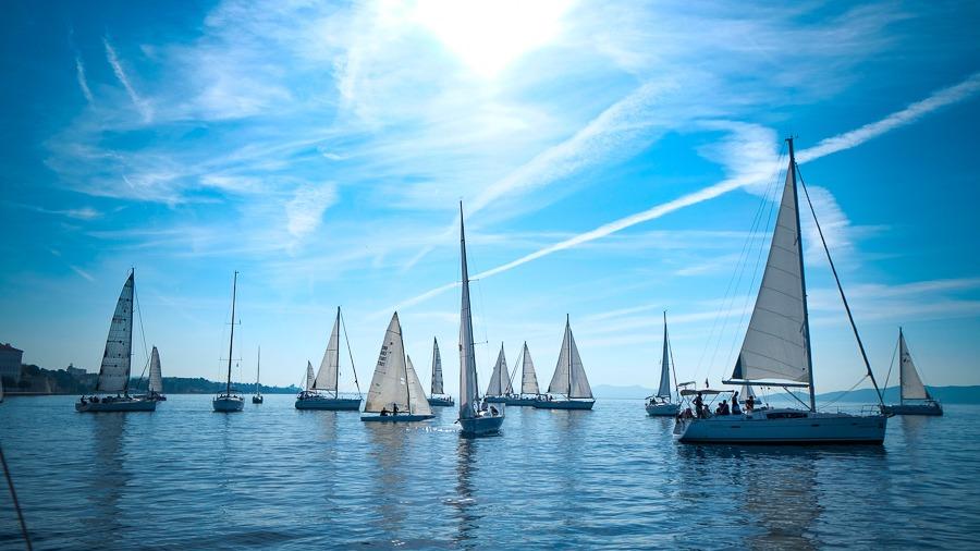 10月的扎达尔:加入扎达尔帆船赛(zadarska koka)。