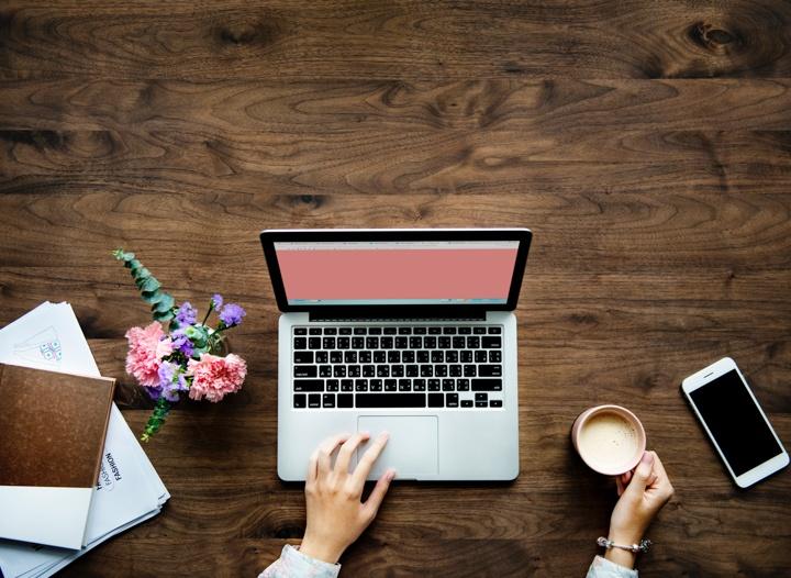 如何在全职工作中经营博客 – 国外的金发女郎