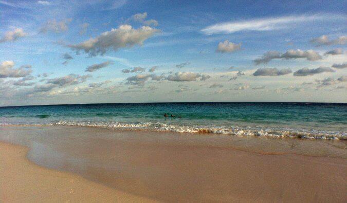 2021年如何用预算访问百慕大