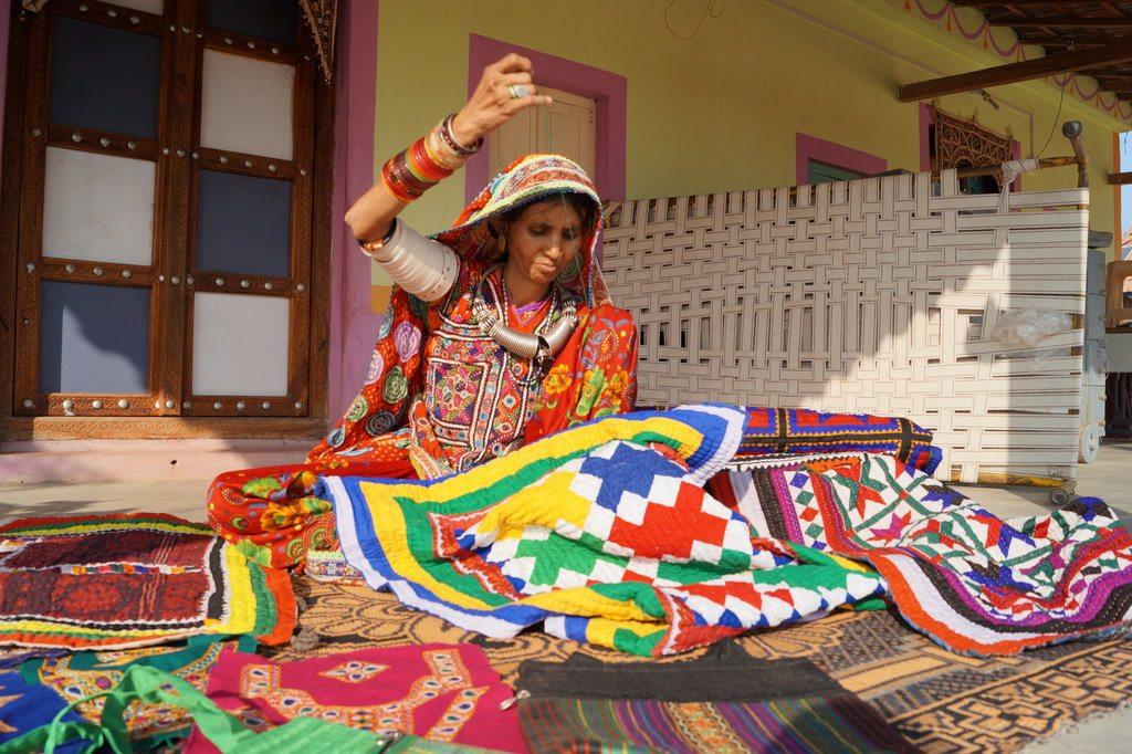 斯邦达纳–进入真正的卡奇的旅程–拉克希米-沙拉特