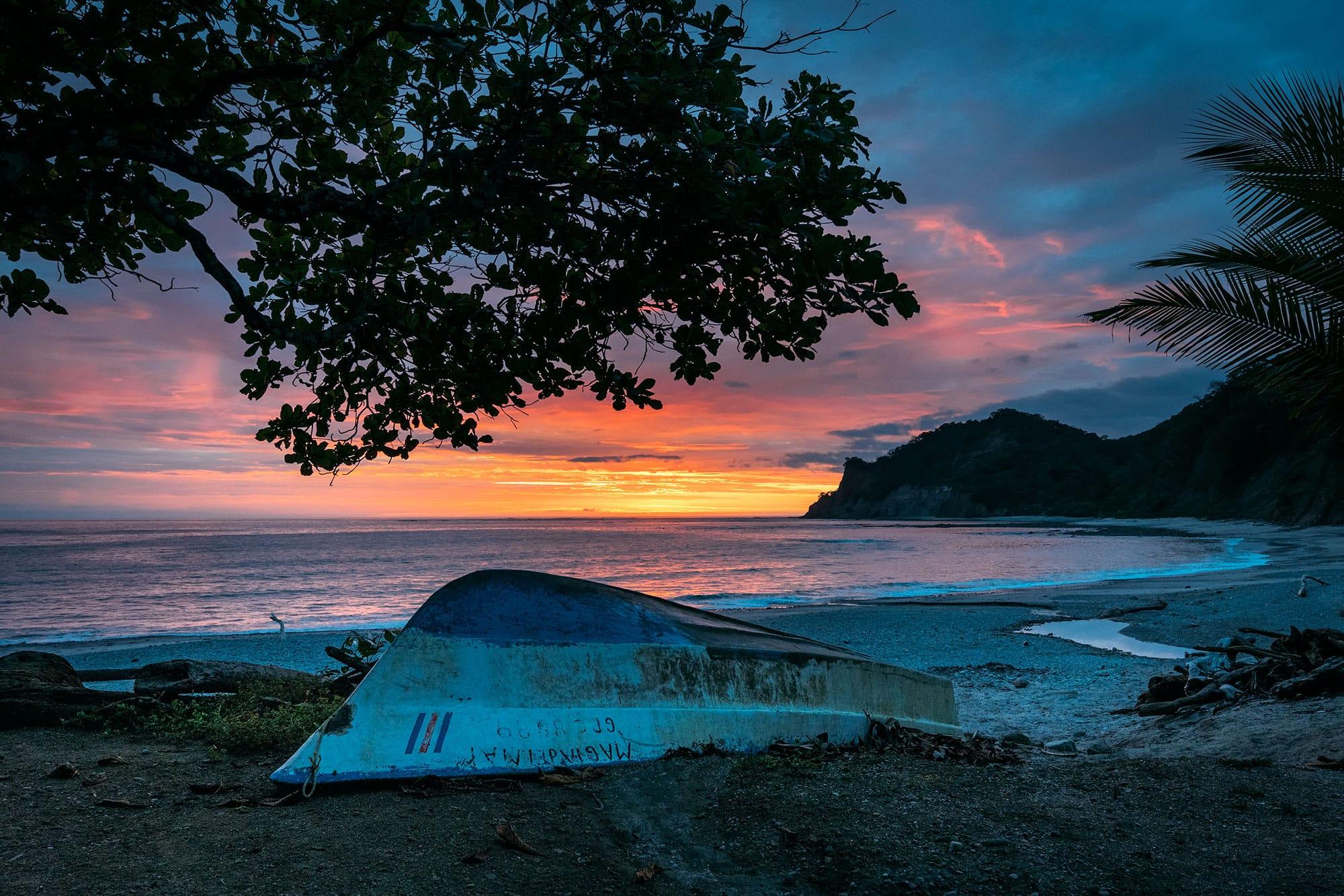 哥斯达黎加的史诗摄影。幸福生活之美