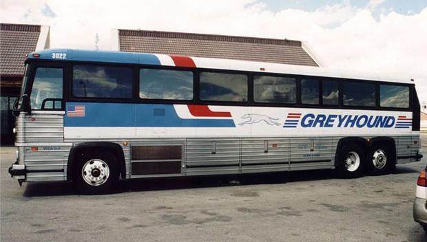 如何在漫长的公交车上生存 – 环球鹅旅行博客