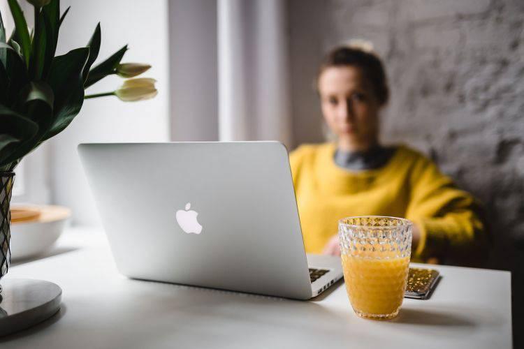 在家工作的优点和缺点 – 远程工作背后的真相