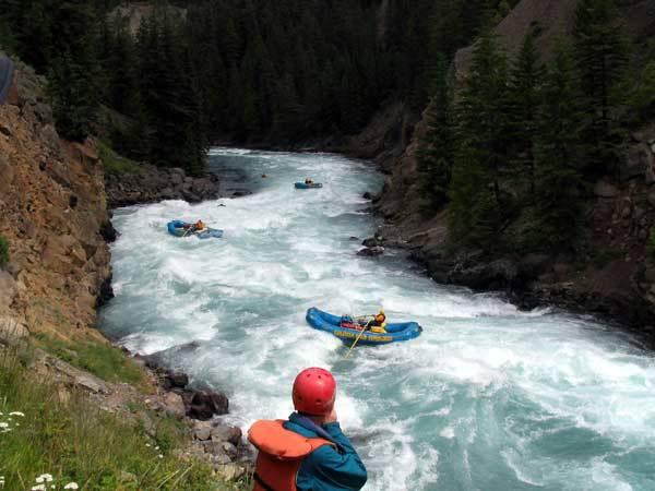 加拿大水上运动的三个最佳地点 | 一步之遥
