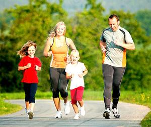 全家一起运动,保持健康 | 一步到位4Ward