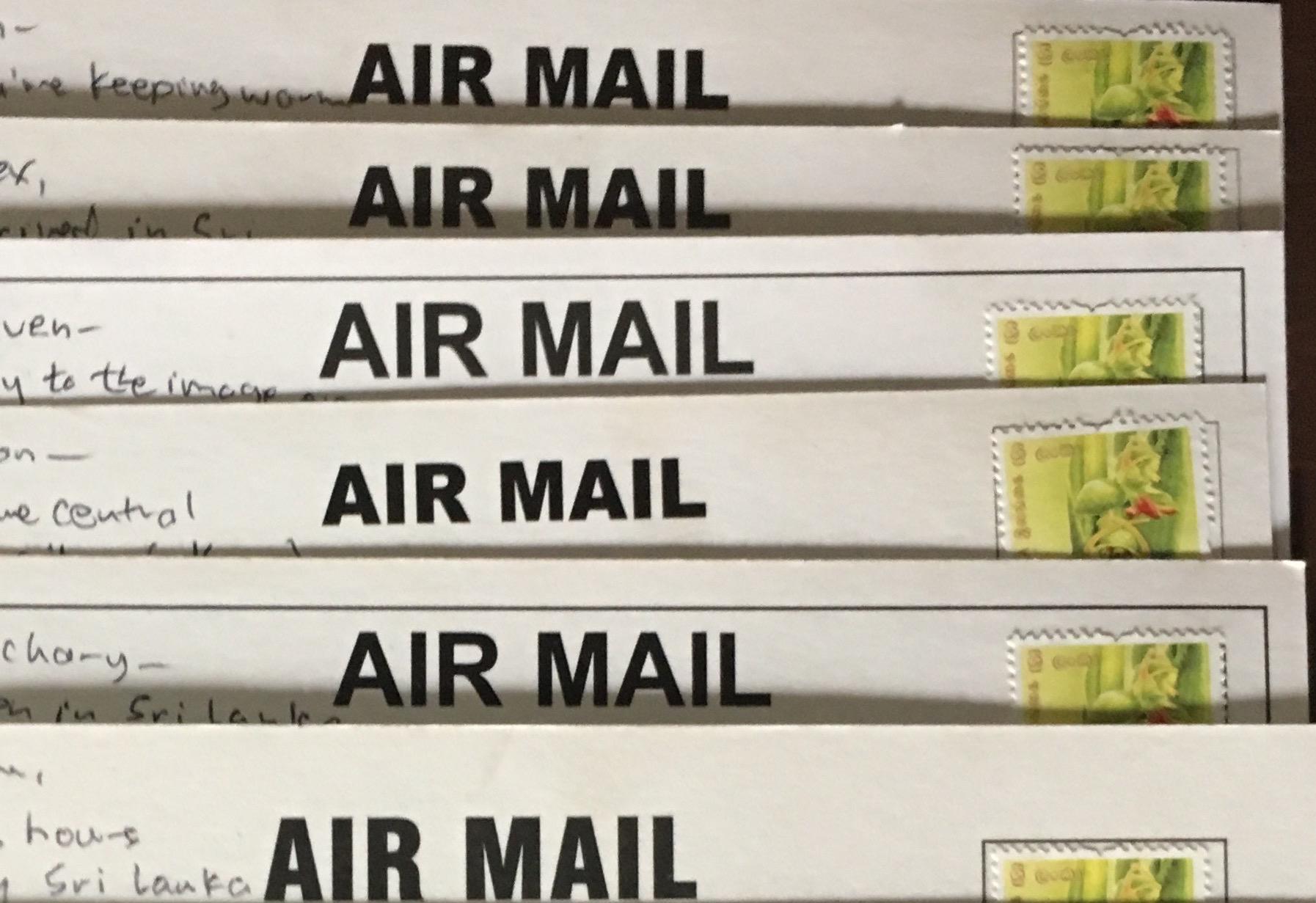 写明信片(和Instagram帖子)作为旅行的仪式 – 罗夫-波茨