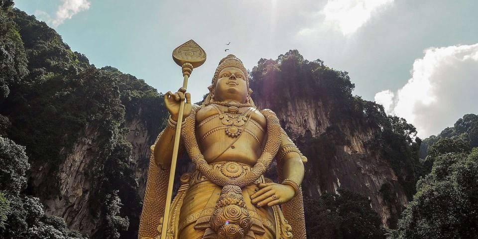 参观马来西亚吉隆坡的巴图洞穴