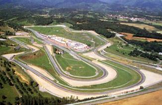 摩托车文化和佛罗伦萨的意大利MotoGP大奖赛 | 一步到位