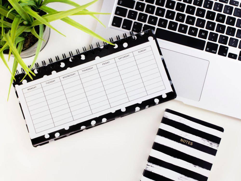 用5个强大的策略每天建立你的邮件列表|去掉九点到五点